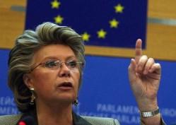 Viviane Reding wil de huidige databeschermingswetten aanpakken (foto: http://romanimobilities.files.wordpress.com)
